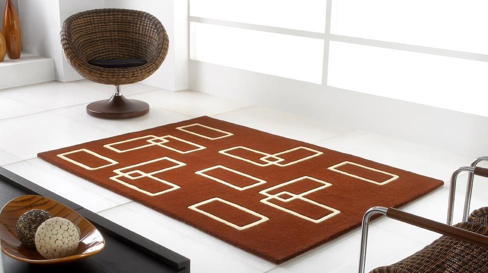 tapis 100 laine marron et beige avec formes g om triques. Black Bedroom Furniture Sets. Home Design Ideas