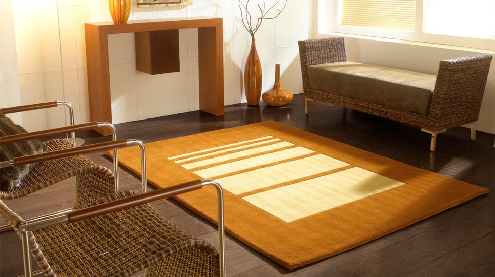 grand tapis en laine beige et jaune motifs rectangulaires. Black Bedroom Furniture Sets. Home Design Ideas