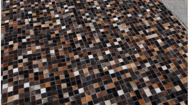 Tapis patchwork en peaux de vache - Quadram